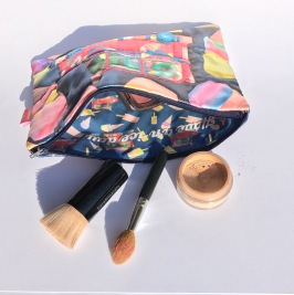 Satin Ice-Cream Beauty Bag